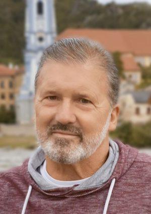 Portrait von Ernst Scherr